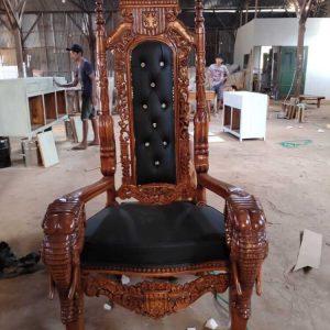 Kursi Raja Panjang Ukiran Jepara
